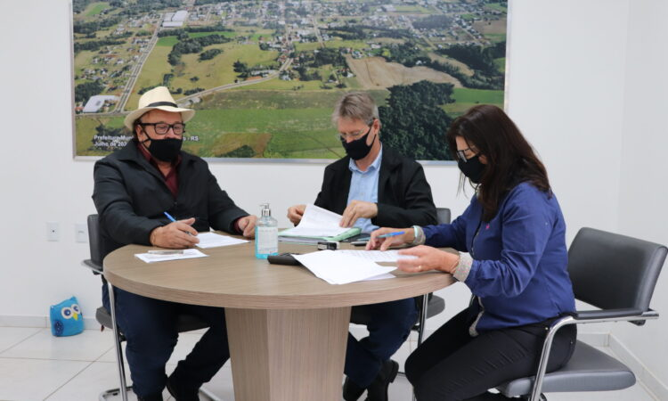 INVICTA CONSTRUTORA VAI CONSTRUIR QUADRA ESPORTIVA